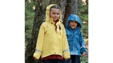 梅雨も雨キャンプも快適。フィンランド発キッズブランド「レイマ」のレインウェア 1